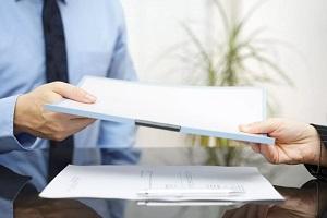 Уведомление о сокращении штата работников 2020: образец, как уведомить об увольнении?