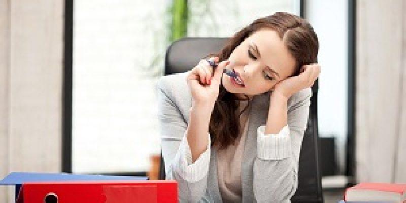 Нужно ли писать заявление о переносе отпуска на другой срок — образцы, правила оформления